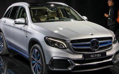 Idrogeno sotto il cofano Mercedes