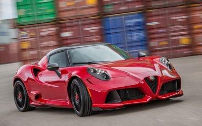Alfa Romeo 4C, stop alla produzione