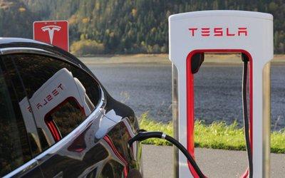 FIAT e Tesla, l'unione che ...