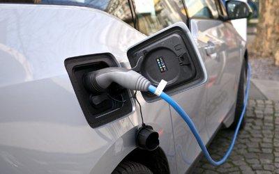 Auto elettriche, meno dello 0.66 ...